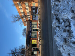 1000 sf Store space for lease