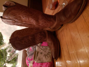 Cowboy boots-womens size 9.