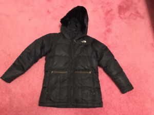 Like new north face 550 down coat girls large ladies small