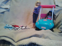 USED BUT IN NEW CONDITION GOLF CART WITH 2 BARBIE  **ORILLIA**