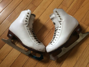 Riedell figure skates size 4.5
