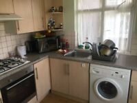 TWO BED FLAT WITH GARDEN