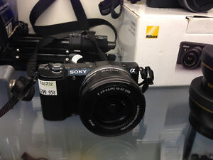 Sony A5000 Mirrorless Camera with 16-50mm