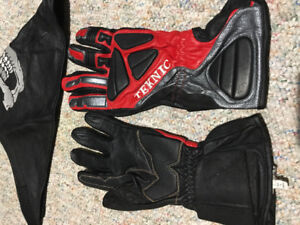 Teknic New gloves and Leather Mask