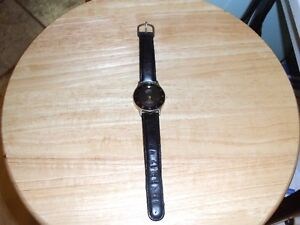 NIKE AIR QUARTZ WATCH IN AS NEW CONDITION.
