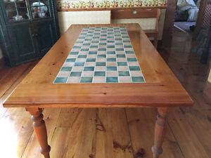 Magnifique table en pin massif