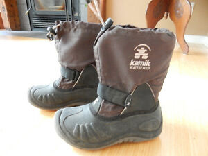 Kamik winter boots, size 2