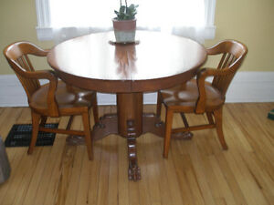 Solid Maple Table & Chairs