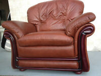 ~~~BRAND NEW Richi Collection Genuine Leather Armchair
