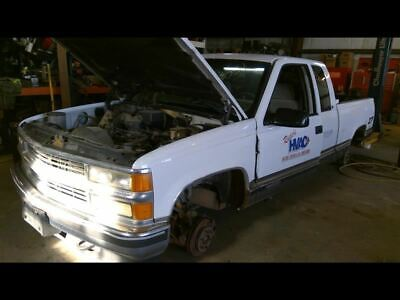 96-98 Chevy Silverado Pickup 5.7L Spider Injector Assembly Central Port OEM