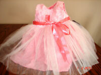 A beautiful NEW white-pink dress for a little girl of 3 months