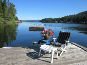 Shawnigan Lake, LAKEFRONT VACATION RENTAL HOME