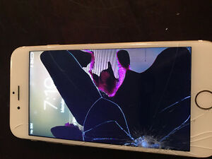 64GB Gold iPhone 6 - Unlocked - Cracked Screen