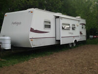 Starcraft Antigua 305BHS 30' travel trailer with hitch and BBQ!!