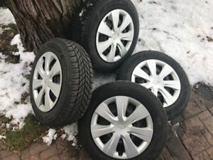 4 Pneus d'hiver avec Rim et Cap de Roue Subaru