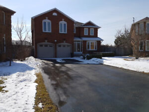 Open House Saturday 2:00-5:00 92 Candy Cres Brampton