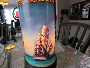 Beautiful Ship Motion Lamp. REDUCED    $125.00 Campbell River Comox Valley Area image 2