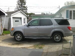 2003 Toyota Sequoia Good condition low kilometres & certified