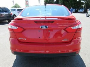 2013 Ford Focus SE Sedan Peterborough Peterborough Area image 4