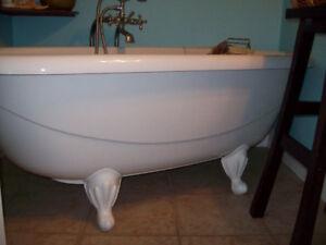 Acrylic Claw Foot Bathtub