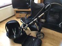 BABYLO BLACK PRAM AND MAXI COSI SAR SEAT