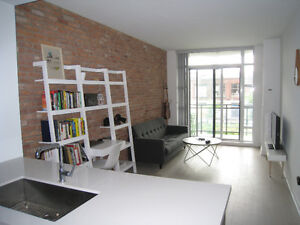 Bright and modern 1-bed loft in the heart of Leslieville