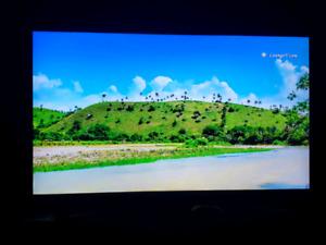 65 inch Samsung 4KTV LED HDR For Sale