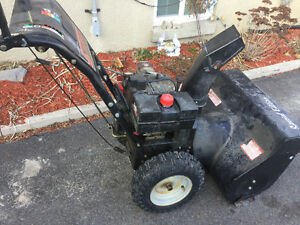 27' 8hp Murray special edition snowblower