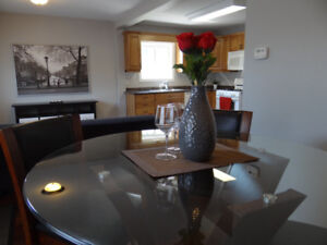 Cobourg: All Inclusive Fully Furnished 2 Bedroom short-long term