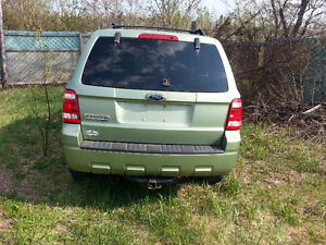 parting out 2008 ford escape