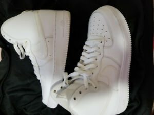 Nike Air Force 1 's High Cut All White EXCELLENT CONDITION