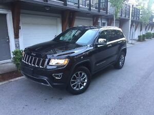 2016 Jeep Cherokee limited black on black 5000kms