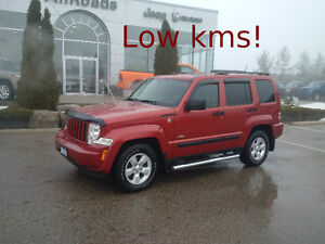 2010 Jeep Liberty North 4x4, clean & only 76200kms