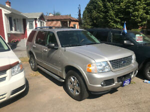 2005 Ford Explorer Limited SUV, Crossover