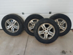 Honda CRV Element Snow tires Michelin Latitude X-Ice 215/70R16