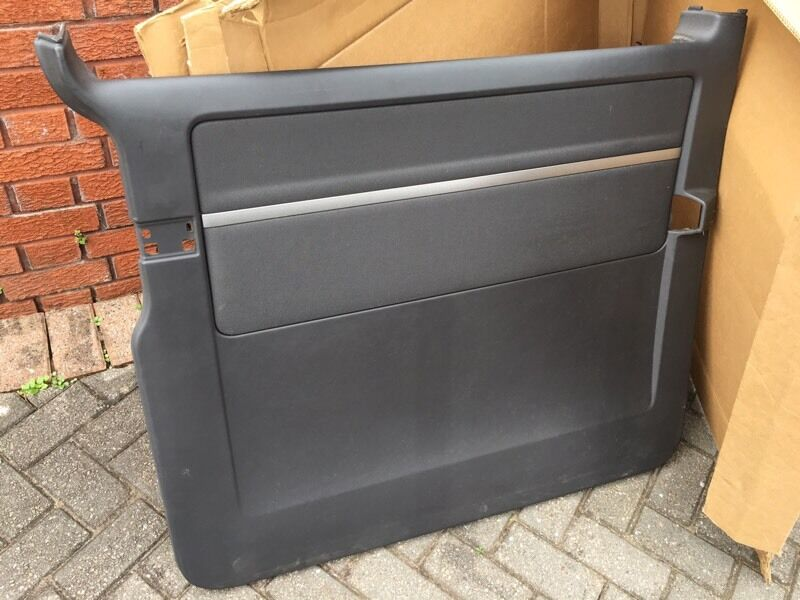 Vw t5 caravelle rear interior sliding door cards in for Sliding glass doors gumtree
