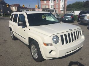 2010 JEEP PATRIOT 4x4  (only 73,000 km) Mint Condition