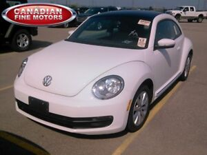 2014 Volkswagen Beetle PANORAMIC ROOF|DIESEL| ONE OWNER|