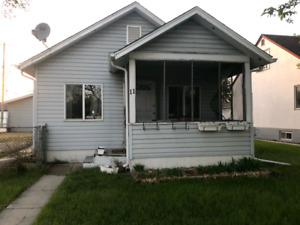 Pet friendly house for rent in St.Vital