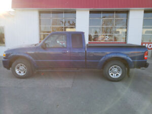2009 Ford Ranger Sport 2WD * Low kms * Steps * Tonneau * 1owner