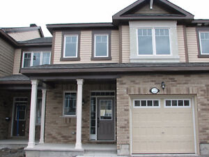 Spacious 3-bedroom townhome in the heart of Barrhaven