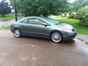 2010 Honda Civic Grey Coupe (2 door)