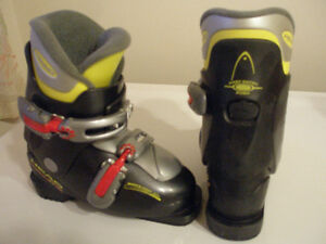 SKI BOOTS HEAD CARVE X2 MONDO 19 - 19.5, US SIZE 12.5 - 13 YOUTH