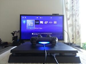(MANY GREAT GAMES) PS4 SLIM 500GB W/ EVERYTHING