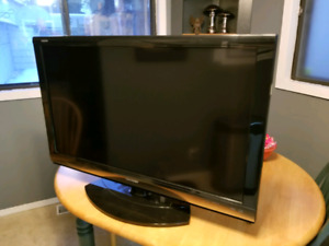"40"" sharp aquos 1080p lcd tv. * please read description*"