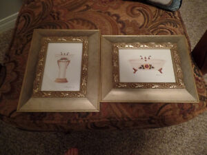 (2) Small Very Pretty Bathroom PICTURES ~ AS NEW ~ $5.00/BOTH