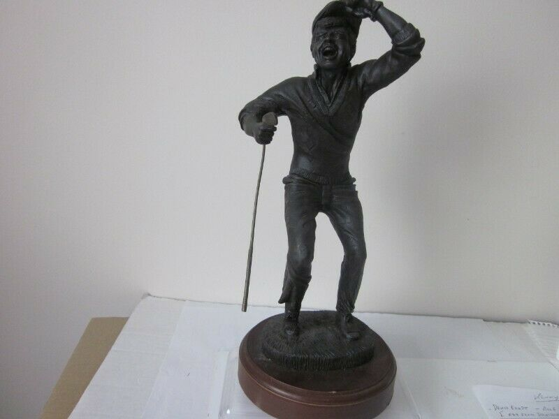 """Cold Cast Bronze Resin Golfer Figurine """"Hole in One"""" 13.5"""""""