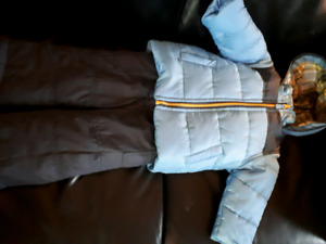 CARTER BABY SNOWSUIT 18 MONTHS - NEVER BEEN WORE