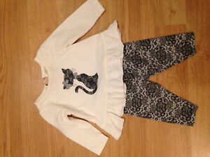 Two piece outfit 3-6 month