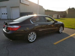 Honda Accord Touring 22500$